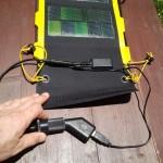 ein Adapter macht aus dem 12V-System ein 5V-System
